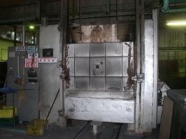 熱処理:焼鈍炉<br><br>社内で焼鈍炉を保有することで短納期対応・品質保証